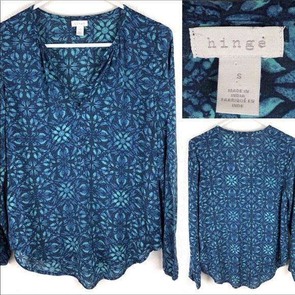 hinge Tops - Hinge v neck gathered long sleeved blouse.